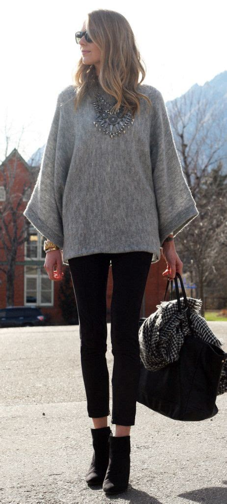 Fall Outfit // grey poncho sweater black suede pants black wedge bootiesu2026 | Ropa Invierno ...