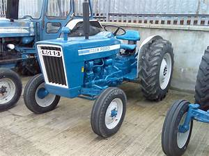 Ford 3600 Picture   7   Reviews  News  Specs  Buy Car