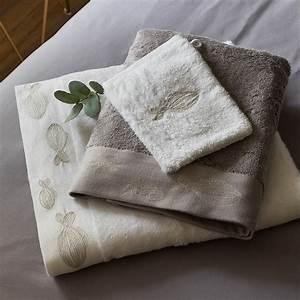 Parure De Bain : parure de bain bellagio parures de bain fantaisie carre blanc ~ Teatrodelosmanantiales.com Idées de Décoration