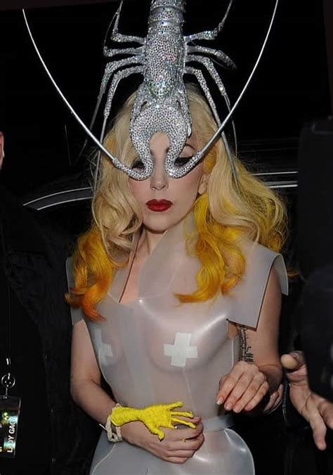 Top Ten Craziest Lady Gaga Outfits - Page 5 of 5