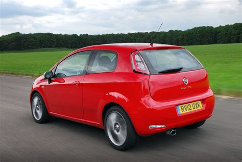Fiat Punto Review by Fiat Punto Hatchback Review Parkers