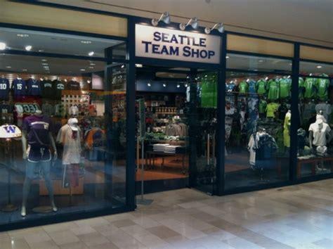 seattle team shop opens  bellevue square downtown