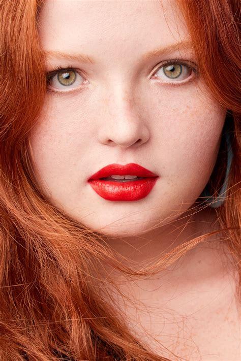 perfect bright lipstick   skin tone bright lipstick lipstick hacks perfect