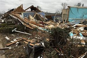 Tornado Damages Homes  Businesses In Alabama Town