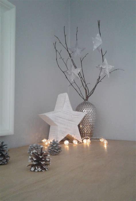 Weihnachtsdeko Grau Weiß by Weihnachtsdeko In Wei 223 Grau Und Silber Weihnachtszeit