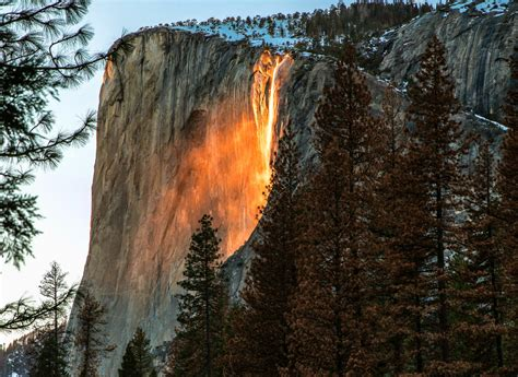 Firefall Returns Yosemite National Park This Month