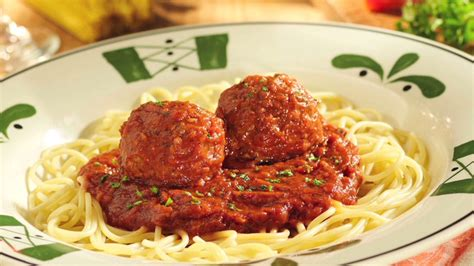 Mangia? Olive Garden investor wants better food - Video ...