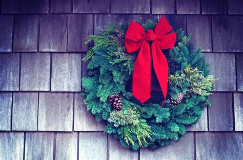 brilliantly simple christmas wreath video tutorials mums