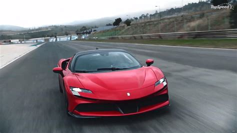 Ferrari says that a hardtop roof was chosen not only for better noise insulation but because it won't deform at the high speeds that the sf90 spider is capable of attaining. Your Car Has Something That The Ferrari SF90 Stradale Doesn't Have | Top Speed