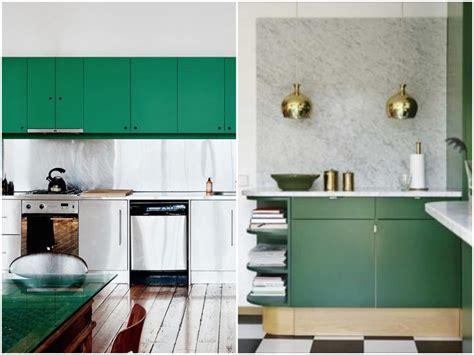 meuble cuisine vert cuisine verte mur meubles électroménager déco