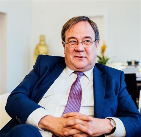 """Armin laschet ( born february 18, 1961 in aachen ) is a german politician ( cdu). Armin Laschet: """"Migrationsthema so hochzuhängen, war nicht ..."""