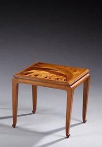 Table En Noyer : emile galle 1846 1904 table basse en noyer plateau rect ~ Teatrodelosmanantiales.com Idées de Décoration