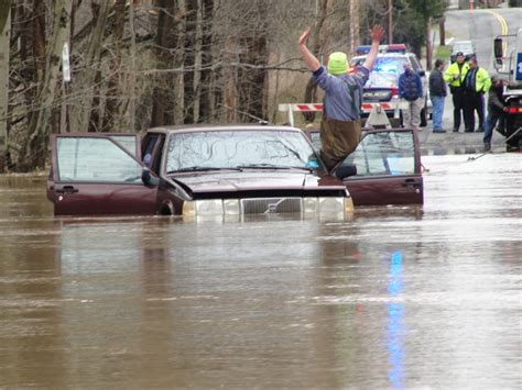 flooding rampant  passaic river  roads reopen