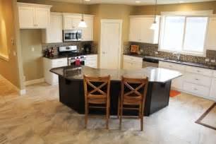 kitchen breakfast bar island the berkeley new home plan vancouver wa evergreen homes