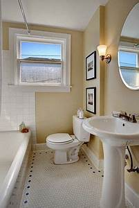 Phinney ridge bungalow sherwin williams compatible cream for Pink and cream bathroom