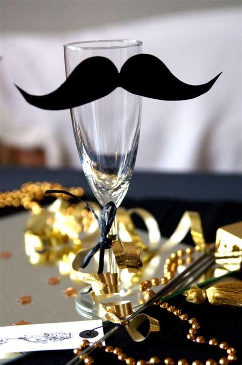 silvester deko basteln silvester deko ideen sektglas mit moustache weihnachten prosit neujahr