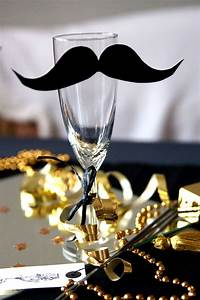 Silvester Deko 2017 : silvester deko ideen sektglas mit moustache diy silvester pinterest new years eve party ~ Frokenaadalensverden.com Haus und Dekorationen