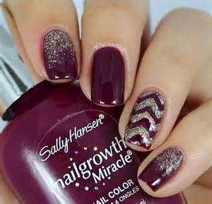 Gel Nail Designs Maroon with Gold