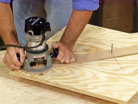 How To Cut Circles And Curves With A Router  Howtos Diy