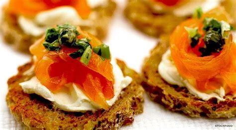 recettes canap駸 faciles entr 233 e saumon fum 233 canap 233 s gourmands
