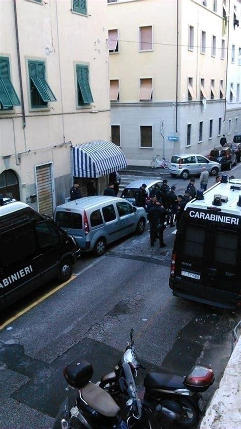 Cassa Mutua Interno by Livorno Blitz Della Polizia All Ex Mutua Occupata 16
