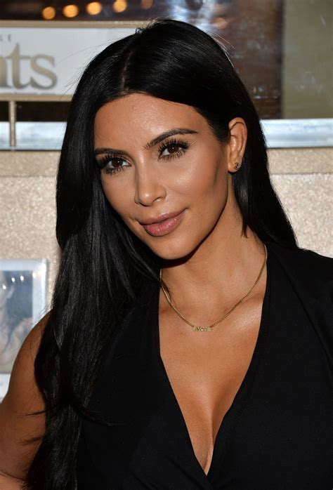 What We Can All Learn About Confidence From Kim Kardashian ...