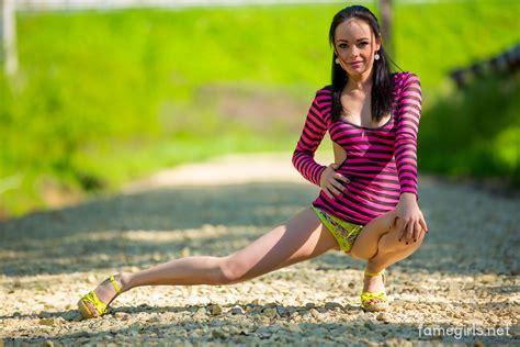 Wallpaper Katie Brunette Sexy Girl Adult Model