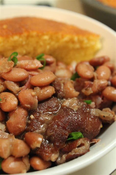 pinto beans recipe slow cooker pinto beans and ham hocks