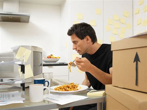 cooking at your desk mindless eating at work put down the bag of pretzels
