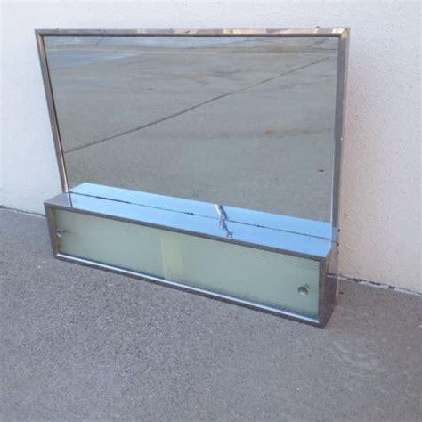 Badezimmer Spiegelschrank Retro by 78 Ideas About Medicine Cabinet Mirror On