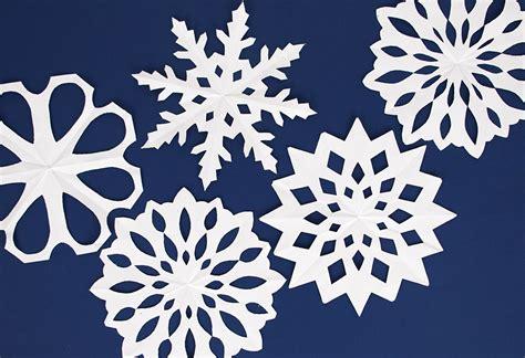flocon de neige en papier printable gratuit flocons de papier