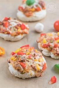 Schnelles Abendessen Für Gäste : die besten 25 flammkuchen belag ideen auf pinterest pizza belag sahne k se pizza und ~ Markanthonyermac.com Haus und Dekorationen