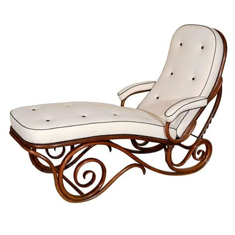 Chaise Longue Thonet Prix by Thonet Bentwood Chaise Longue At 1stdibs