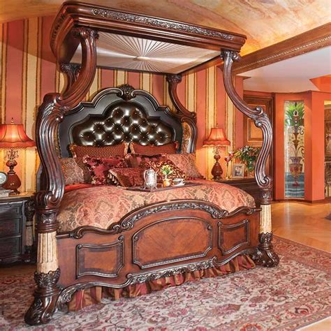 King Storage Bedroom Set by 10 Victorian Style Bedroom Designs