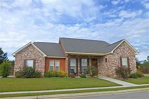 Craftsman House Plan  142