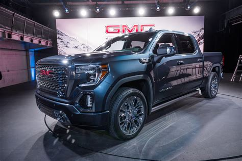 gmc sierra  denali reinvents  bed video