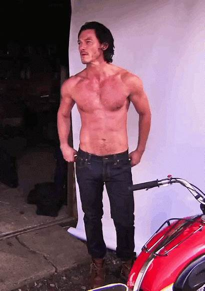 Evans Luke Boyfriend Handyman Hottest Aol Ever