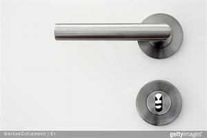 Poignée De Porte Moderne : changer ses poign es de porte faire appel un serrurier ~ Premium-room.com Idées de Décoration