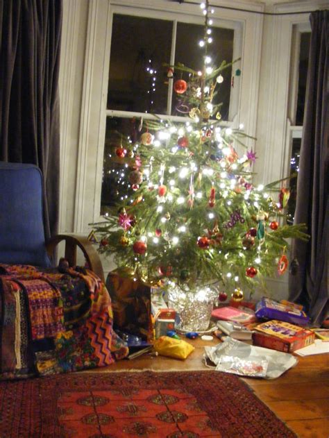 the treasure house why we decorate trees at christmas
