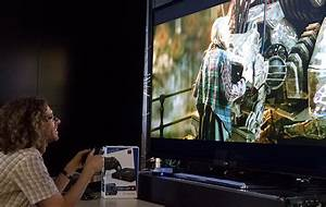 Qualcomm Institute Researcher Tests Worlds First 4K