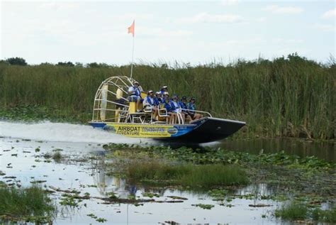 Everglades Boats Orlando Fl by Florida Cracker Airboat Rides Guide Service Vero
