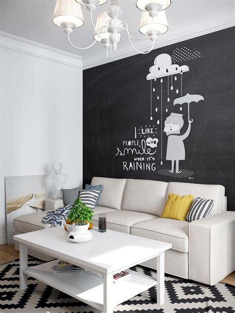 tren mengubah dinding serupa papan tulis