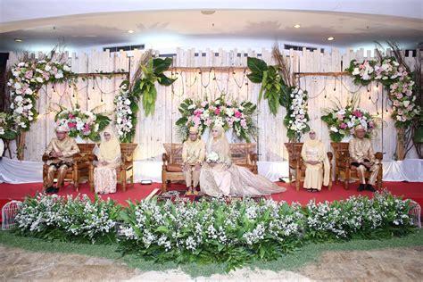 jasa dekorasi pernikahan  harga terjangkau rizqy