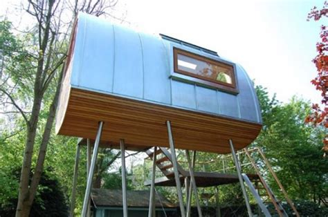 20+ Incredible Tree Houses From Around The World