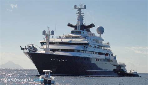 luxury motor yacht octopus  lurssen yachts
