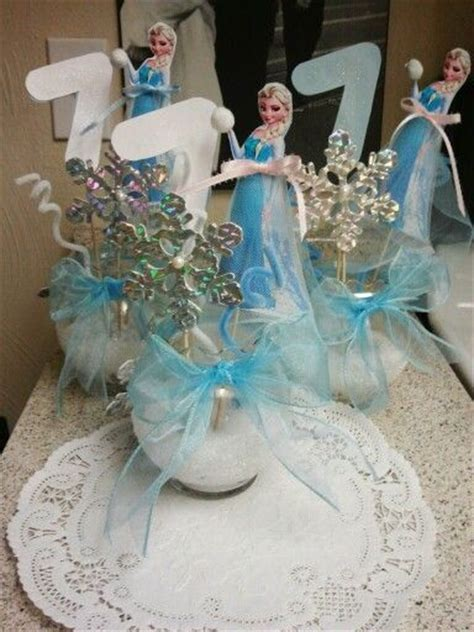 disney frozen table centerpiece 17 best images about party decorations on pinterest