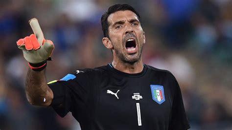 Buffon Portiere by Juventus Buffon Miglior Portiere Della Chions Calcio