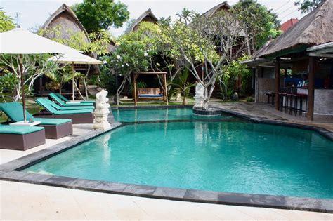 Nanuk's Bungalow  Nusa Lembongan Accommodation, Bali