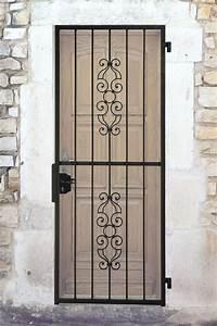 pose d39une grille devant porte d39entree With grille porte d entrée