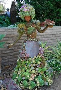 Figuren Selber Machen : 35 gartenskulpturen von comicfiguren und kunstvolle landschaftsbau ~ Frokenaadalensverden.com Haus und Dekorationen